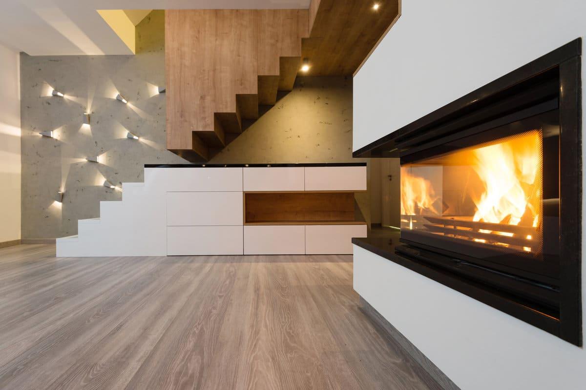 inbouw pelletkachel in modern interieur